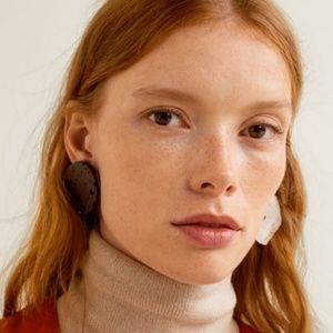 NWT MANGO Mixed Statement Resin Asymmetric Earring